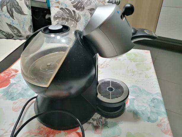 Máquina café - cápsulas Dulce Gusto