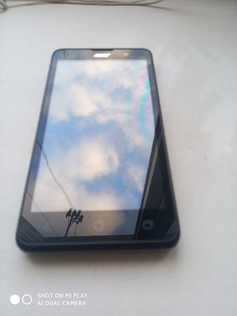смартфон ACER Z 520