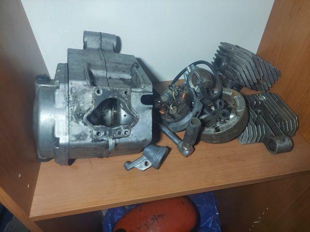 Sprzedam silnik karter 017 romet motorynka wyprzedaż garażowa