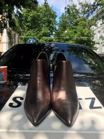 Ботиночки новые Schutz, р-р 38