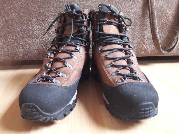 Oryginalne buty trekkingowe AKU