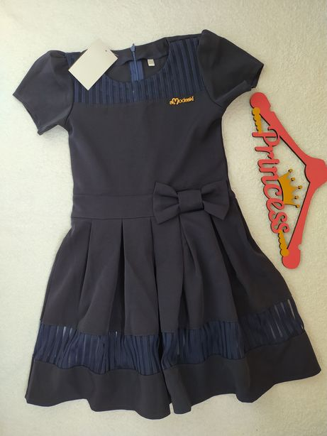 Школьное новое платье на рост 128-134