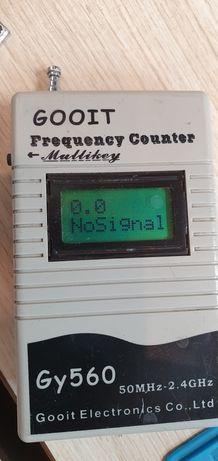 Miernik częstotliwości.