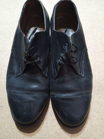 Взуття Туфлі чоловічі шкіряні виробництва срср.