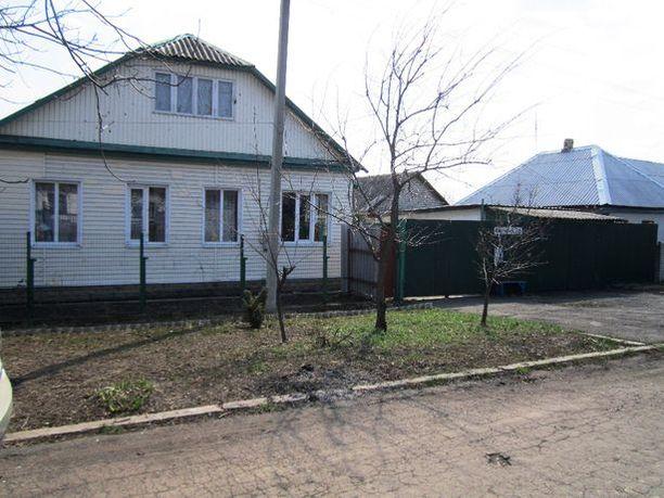 Жилой дом, хоз. постройки 1-я площадка