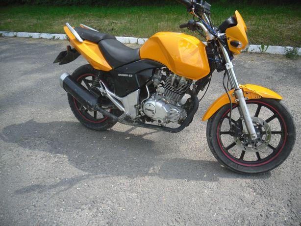 обміняю мотоцик spark sp200