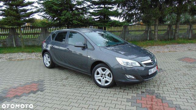 Opel Astra 1.4 Turbo Benzyna Idealny Silnik Import Niemcy Zobacz 100 Tys km Warto