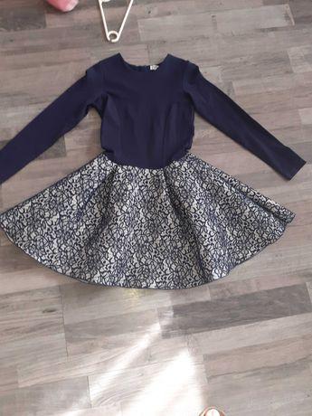 Sliczna granatowa sukienka rozmiar 146