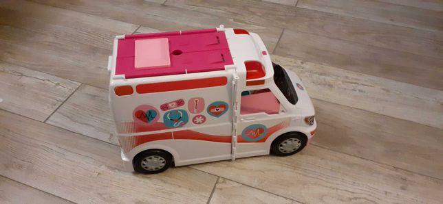Auto karetka Barbie