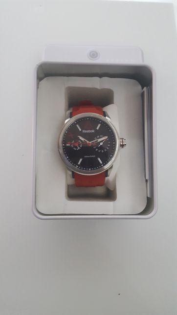 Vendo relógio quartz silicone Reebok Flashline multi novo,sem garantia