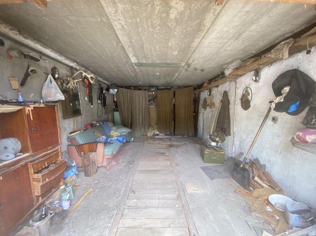 Продам  гараж Черемушки ( между АЗС и Димитровским рынком )