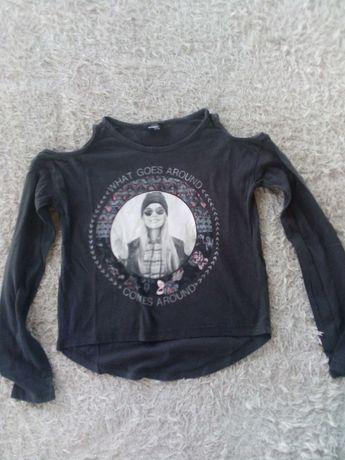 Super bluzka 134/140, modne wyciecia