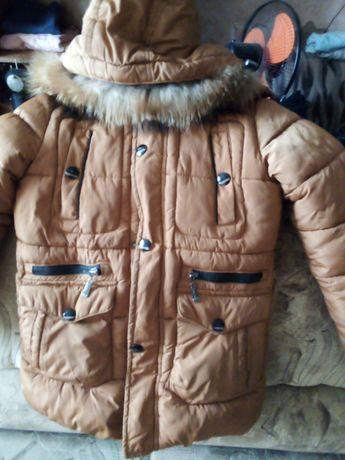 Продам б/у Зимові куртки на Хлопчика 5_8 років майже нові