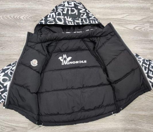 Продам двухстороннию куртку Moncler на девочку