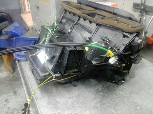 BMW e46 nagrzewnica z obudową+ silniczki. Climatronic