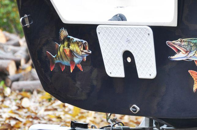 Naklejki na łódkę ryby