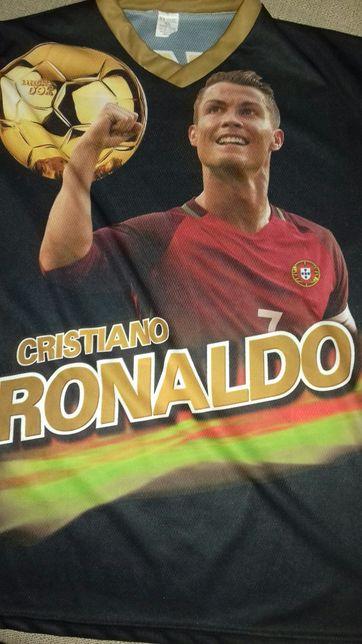 Футболка Cristiano Ronaldo.