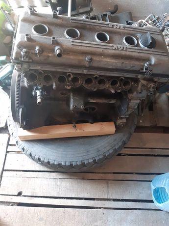 Продам двигатель змз406