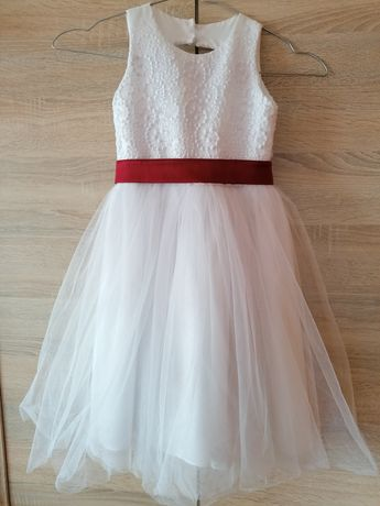 Piękna Biała suknia dla małej księżniczki