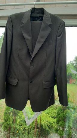 Sprzedam męski garnitur