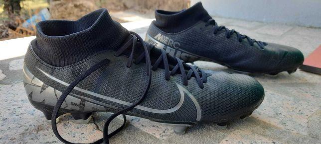 Vendo Chuteiras Nike Superfly 6 Club MG multiterreno, como novas!