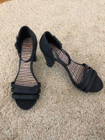 Sandálias Camper, tamanho 37