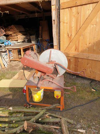 Maszyna do cięcia drewna - nie krajzega