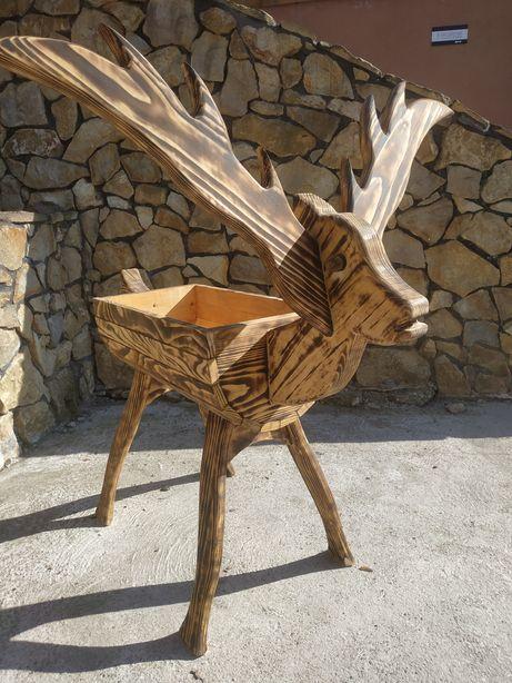Donica kwietnik jeleń