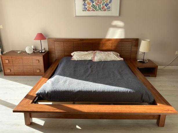 Vendo cama moderna com estrado, cómoda e mesinha de cabeceira