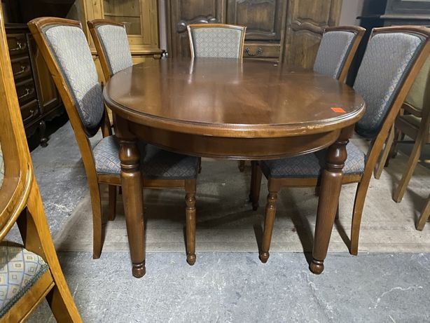 Stół/antyki stylowy wegrow