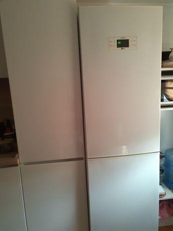 Продаю двухкамерный холодильник LG,nofrost