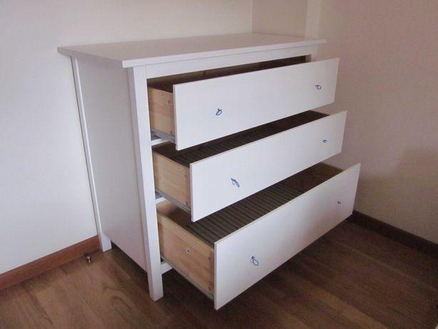 Cómoda 3 gavetas HEMNES - Ikea