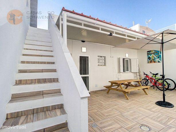 Casa térrea para venda completamente renovada nas Hortas ...