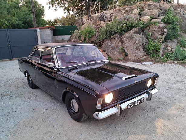 Ford Taunus P7A 20M S, V6 2300cc, 110 cv de 1968 restaurado.
