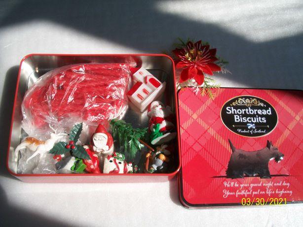 Свечи и фигурки на рождественский торт или пирог