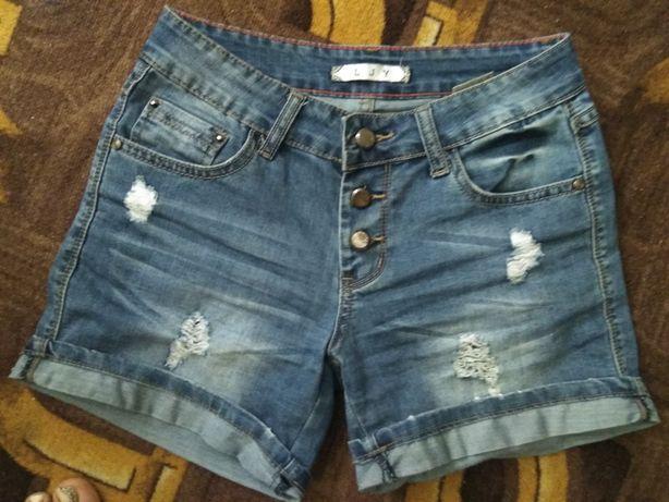 Классные джинсовые шорты 27р.