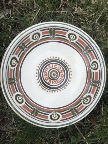 Тарелки красивые , глина. 20 шт