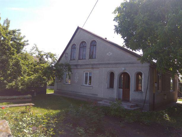 Продам будинок в смт Лисянка