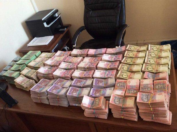 Частный займ. Кредит до 100000 грн. С плохой КИ. Деньги в долг. Займ