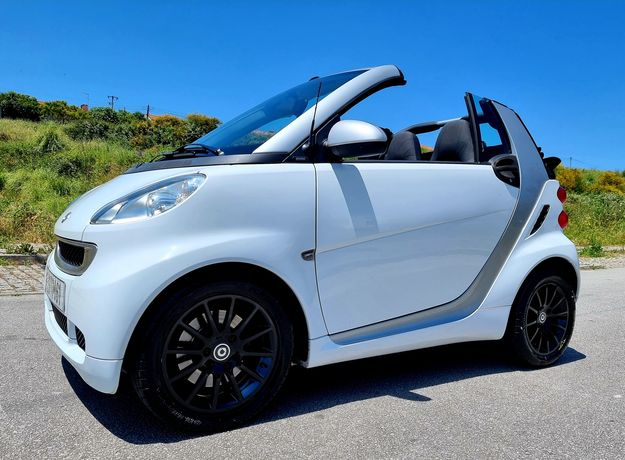 Smart fortwo cabrio a diesel de 2011 impecável