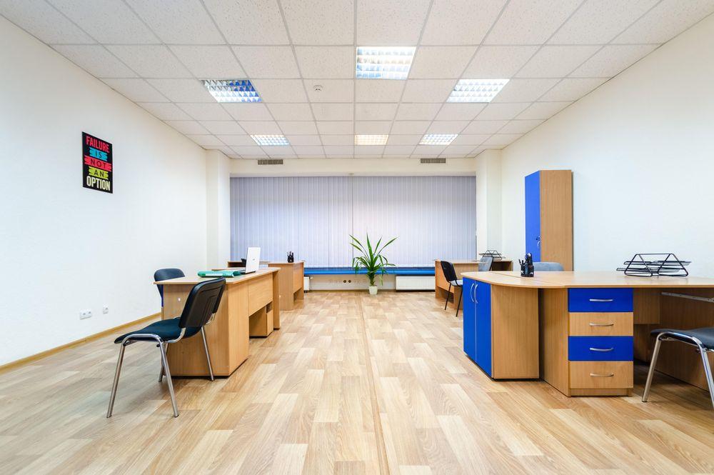 Большой офис 53 м2 с новой мебелью и ремонтом ул Б Васильковская Центр Киев - изображение 1