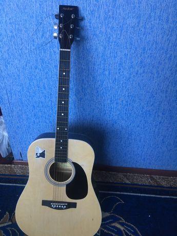 Гітара акустична Maxtone