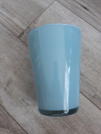Niebieski błękitny wazon