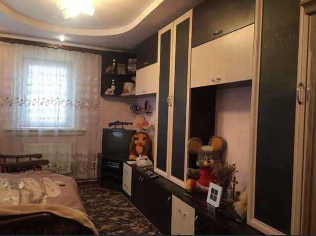 Дом с мебелью, гаражем, гостевым домом и хоз постройками