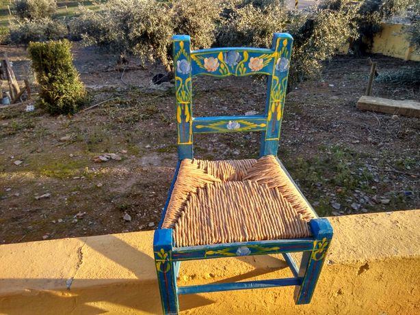 Cadeira para criança.