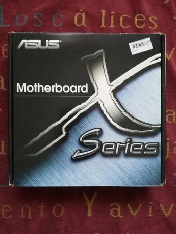 Vendo motherboard Asus nova