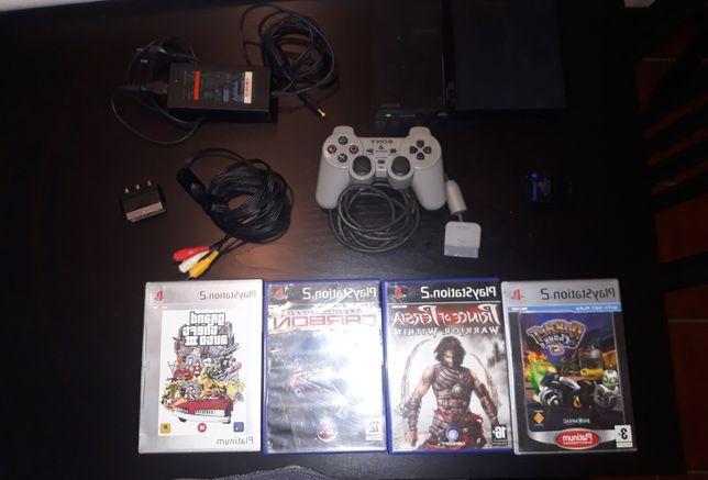 Playstation 2 Slim com 4 Jogos, Comando e Cartão de Memória