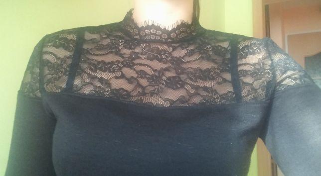 H&M bluzka sweter czarny z koronką półgolf r. M