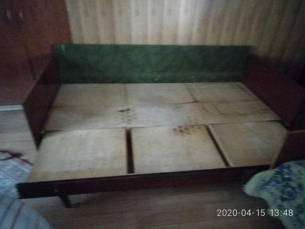 Продам раздвижную кровать