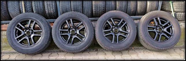 BMW X5 czarne koła z oponami 17 cali